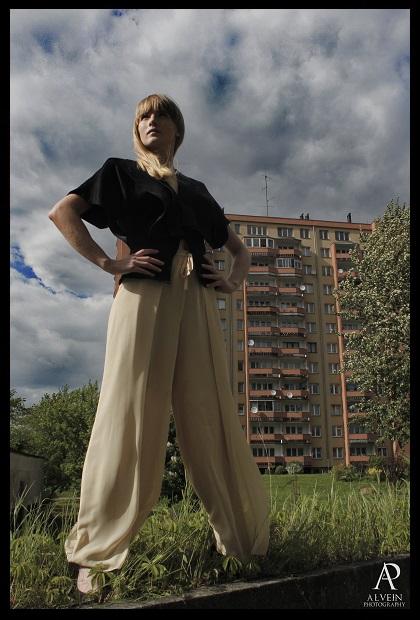 Fot. Alvein photography concept&stylizacjaPracownia FASON modelka;Anna Łeczyńska makijaż; Anna Dąbrowska